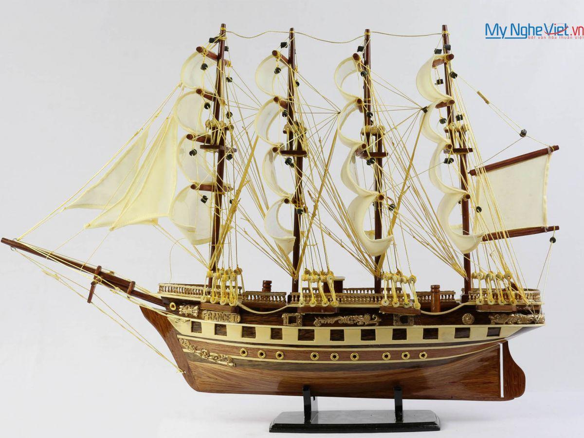 Mô hình tàu thuyền chở hàng France II gỗ đỏ (thân 40cm) MNV-TB026