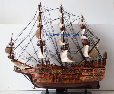 Mô hình tàu chiến cổ Sovereign of The Seas (thân 70cm) MNV-TB22