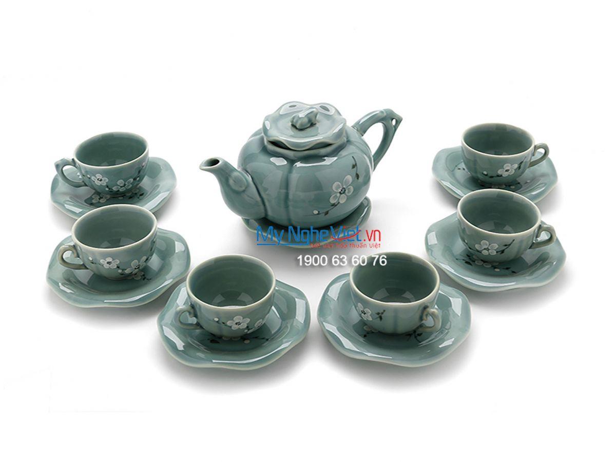 Bộ bình trà cao cấp men xanh lam dáng ếch sen vẽ hoa đào trắng MNV-TS450