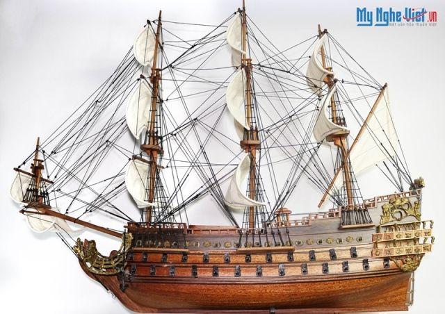 Mô Hình Tàu Thuyền Chiến Cổ Le Soleil Royal (Thân 60cm) MNV-TB21