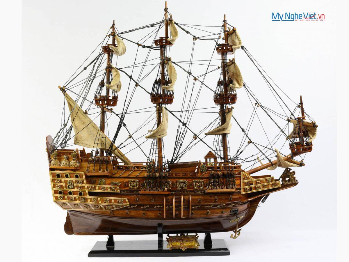 Mô hình tàu thuyền chiến cổ Sovereign of The Seas (thân 60cm) MNV-TB33