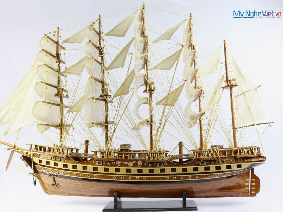 Mô hình tàu thuyền chở hàng FRANCE II gỗ tự nhiên (thân 60cm) MNV-TB03