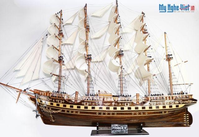 Mô hình tàu thuyền chở hàng France II gỗ tự nhiên (thân 1m) MNV-TB01